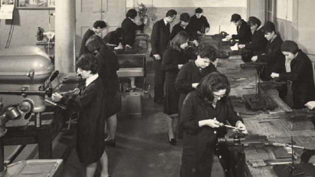 Il lavoro e la formazione delle donne in una grande mostra fotografica a Bologna