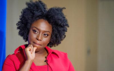 """""""Piacere mio!"""": l'identità di genere e il controverso contributo di Chimamanda Ngozi Adichie"""